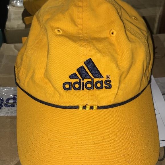 3cbe4ba76f429 adidas Accessories - Adidas baseball cap